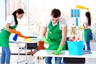 Клининговая компания или уборщица на полставки — кого выбрать для уборки офиса?