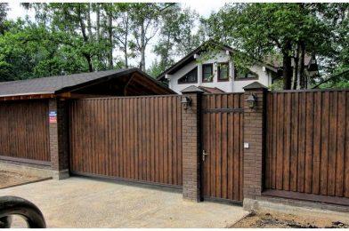 Сделайте красивым ваш участок с помощью раздвижных деревянных ворот